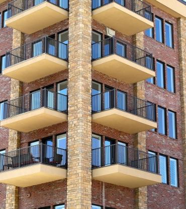 building-438015_1920-8c0bb42183c2f976a702158d04ffaaa8.jpg